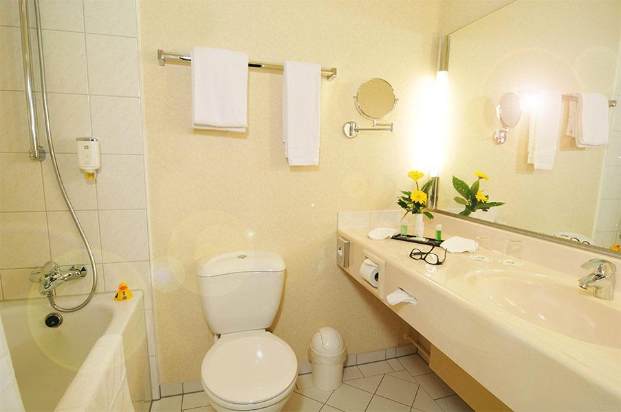 Standard einzelzimmer best western hotel leoso ludwigshafen - Ludwig badezimmer ...